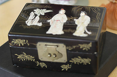 Vintage Oriental Lacqued Box Mother Pearl
