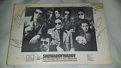 Signed 6 x 4 promo postcard by 8 band members of Showaddywaddy.