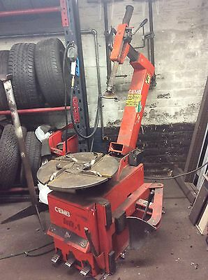Tyre Changer 3 Phase