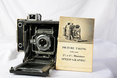 Speed Graphic 2 1/4 x 3 1/4 with f4.5 Graflex Optar Lens& adapt-a- roll 620