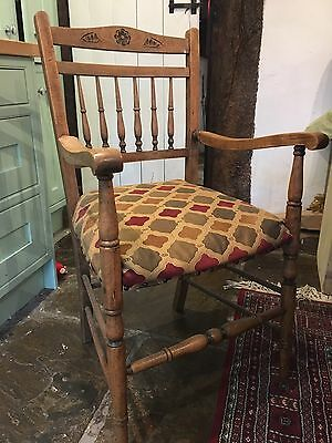 Pair Of Beautiful Light Oak Carver  Dining Chairs Vintage Arts & Crafts Style