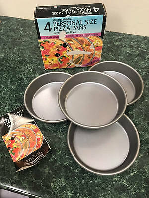 4 Chicago Metallic Personal Size Pizza Pans