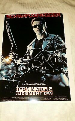 Signed 8 x 10 colour Photo by Arnold Schwarzenegger from Terminator 2