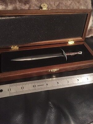 Bilbo's Sting - Letter Opener  Cracked Case  - The Hobbit.  Noble Collection