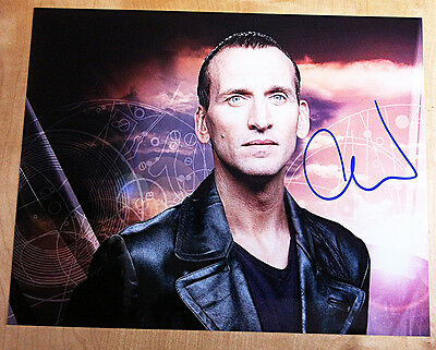 CHRISTOPHER ECCLESTON SIGNED 10x8 PHOTO Doctor Who OUR FRIENDS IN THE NORTH