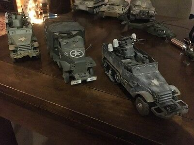 forces of valor 1 32 US Army Truck And 2 AA Half Tracks