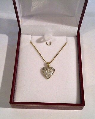 Stunning 18ct Yellow Gold Genuine Diamond Heart Pendant With 9ct Curb Link Chain