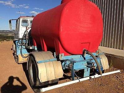 water tanker / fire truck   Ford D series (6 cyl diesel) reliable good old girl