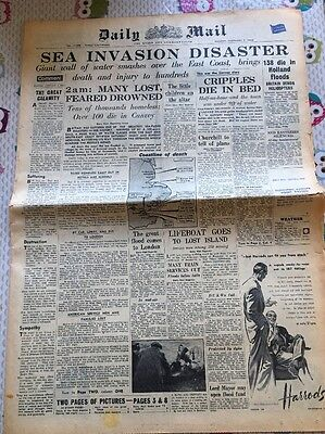 Daily Mail Vintage Newspaper East Coast Flood Disaster Canvey February 2 1953