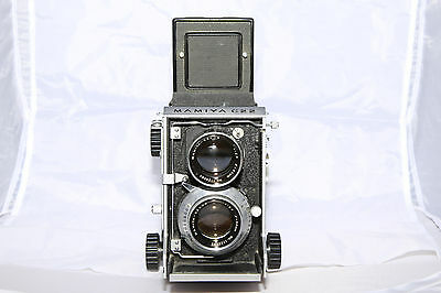 Mamiya C22 with Mamiya-Sekor 80mm f2.8 Lens - Ships from Canada!