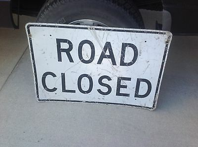 "Construction Road Sign 36"" X 24"" ROAD CLOSED Sign Man Cave Yard Deco"