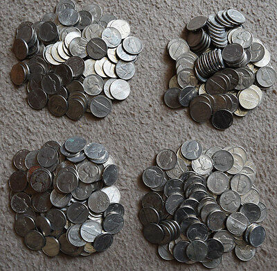 USA: $15 Dollars in coins USD. 300 x 5 Cents - Nickels. Change.