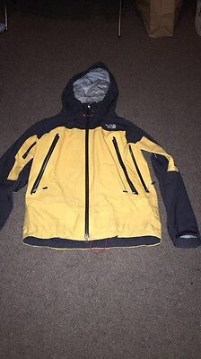 North Face mens waterproof goretex jacket size M Summit Series