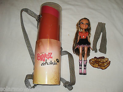 Bratz oh la la case and a bratz doll