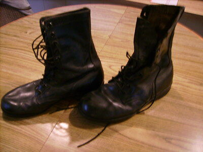 Pair of Black 10 1/2 WJ4-80 Military Boots