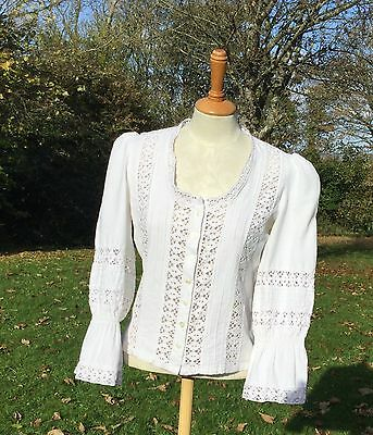 VINTAGE LAURA ASHLEY 1970s MEXICAN BLOUSE. VERY GOOD VINTAGE CONDITION. SIZE 14