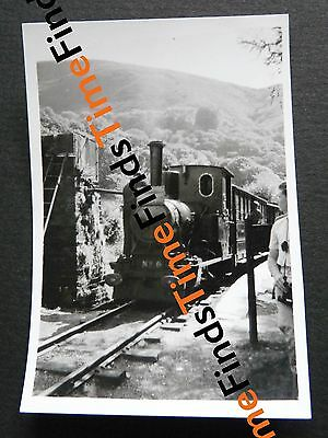 VINTAGE c1950s PHOTO SNAPSHOT TALYLLYN RAILWAY LOCO NO 6 NARROW GAUGE