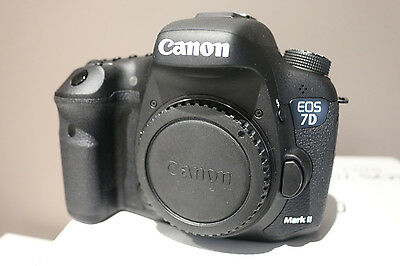CANON EOS 7D Mark II DSLR Camera - Body Only BRAND NEW IN BOX