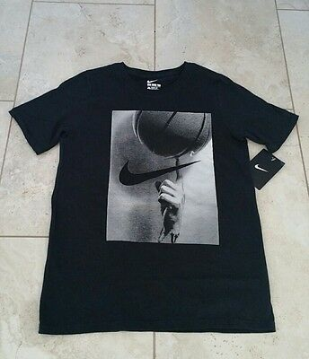 New  Nike Youth Boys Graphic Cotton Black Short Sleeve T-Shirt Top Size: Small
