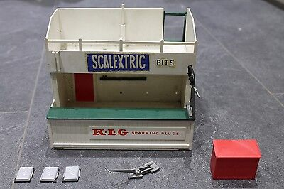 Vintage Scalextric Triang A203 Owners Stand And Pit Building Klg Nice Example