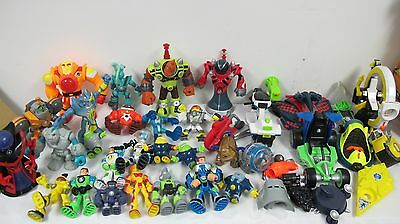 Planet Hereos  Action Figures Vehicles Red Giant Sun Commander Protons Mattel