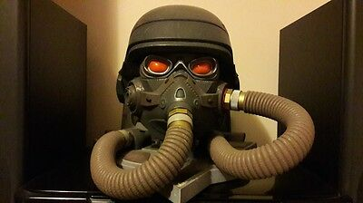 Display bust Figure helmet w goggles weathered steampunk on base