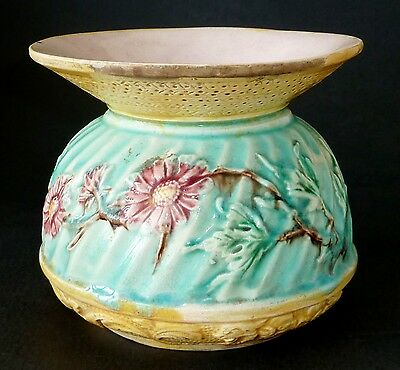 ANTIQUE Victorian MAJOLICA pottery ARTS & CRAFTS spittoon SUIT VASE ENGLISH 1890