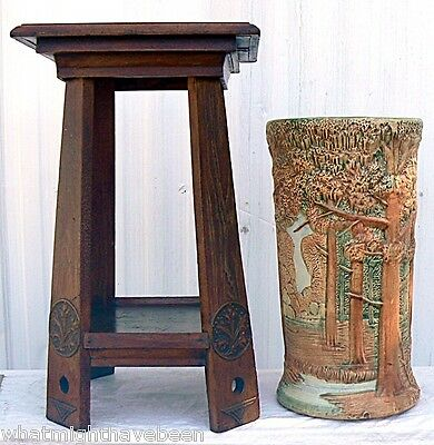 Antique Oak ARTS & CRAFTS Table Acanthus Medallions Inlaid Top