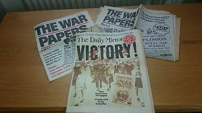 Five Reprints of British Wartime Newspapers - 1918, 1939 and 1945