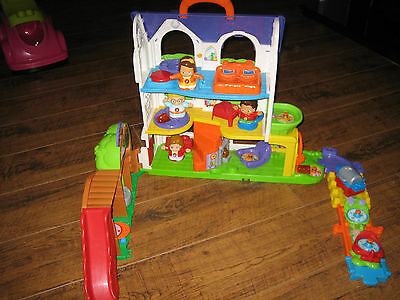 vtech toot toot doll house and 4 characters