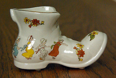 Vintage James Kent Old Foley Boot - Maids A Dancing - Mother Hubbard
