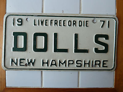 1971 New Hampshire Personalized License plate #DOLLS......94g