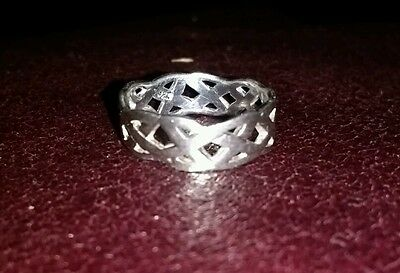 925 solid sterling silver hallmarked Celtic knot band ring uk J 1/2