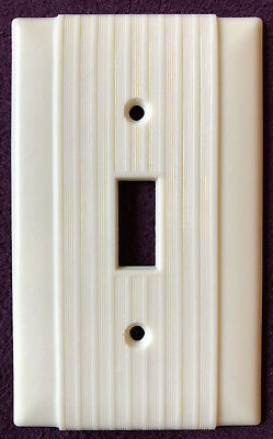Vintage Scarce Art Deco Wide&fine Ribs Bakelite Switch Plates & Outlet Covers