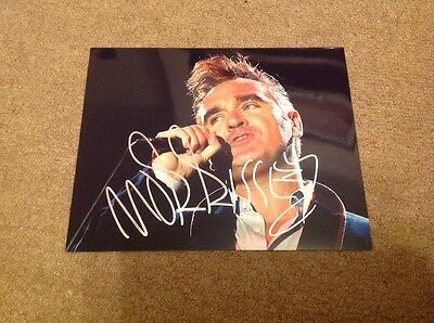 MORRISSEY  -  SMITHS  -  SIGNED  COL PHOTO  - 10 x 8 Inches   - AUTHENTIC