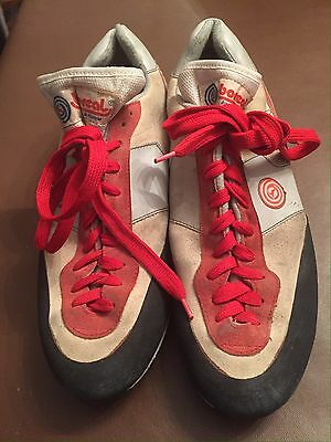 Climbing Shoes Lace Up Adult Size 12