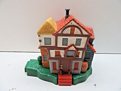 2001 Harry Potter Ron Weasley Cottage House Playset - L@@K - Polly Pocket