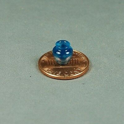 1:48 Quarter scale  Dollhouse Miniature Turning BEauty IN BLUE Vase