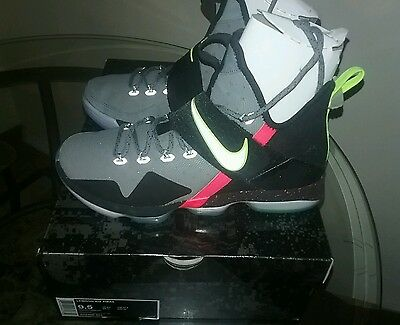 nike lebron 14 out of nowhere Pre Heat size 9.5 nike receipt in hand
