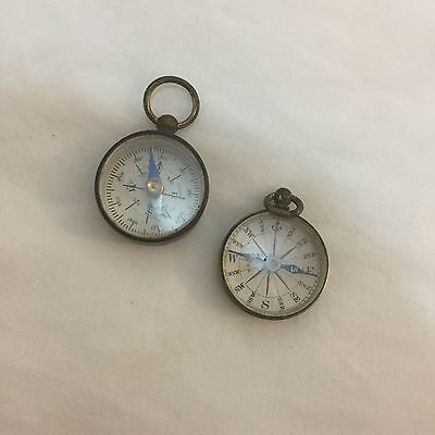 ANTIQUE/VINTAGE SMALL BRAS/GILT CASED POCKET/FOB COMPASS  x TWO 2