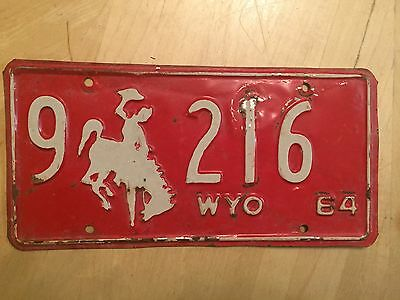 "1964 Wyoming Passenger License Plate "" 9  216 "" Wy 64  Bucking Bronco Low No"