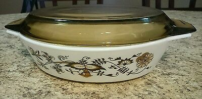 Pyrex England Vine Pattern Casserole Dish With Brown Lid