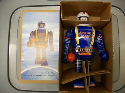 SPACE MAN Robot, Tin Lithograph, Key-Wind, MINT in MINT Box