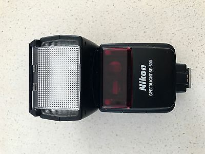 Nikon Speedlight SB-600 Shoe Mount Flash for Nikon Excellent Condition.