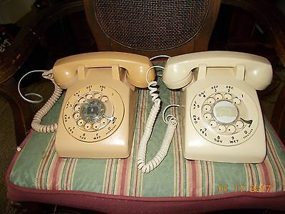 Vintage Lot Of 2 Rotary Phones Western Electric At&t Stromberg Carlson  Itt