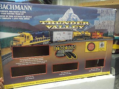 N Scale THUNDER VALLEY Complete Ready to Run Train Set Bachmann 24013 *opened*