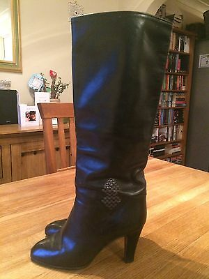Beautiful Soft Vintage Italian Leather Knee High Boots Size 6.5