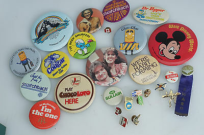 Pins Buttons Pinbacks LOT 1970s 80s VIA Disney Mork Smurf Cubs Brownies Canada