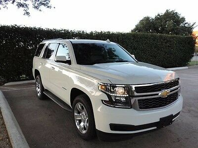 2016 Chevrolet Tahoe  Nice nice Tahoe LT! Factory Chrome wheels and new tires!