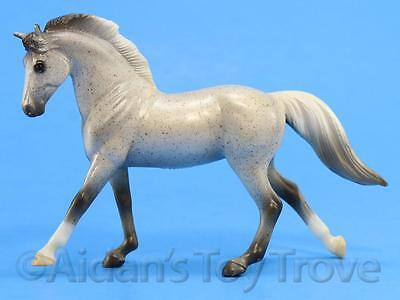 Breyer Stablemates Model Horse Toy - 5906 G3 Cantering Warmblood - Grey